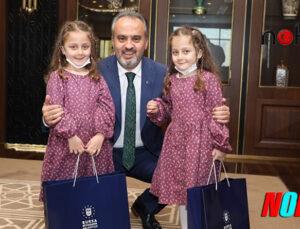 Bursa'da Minik öğrencilerin 'Başkanı Tanıma' dersi